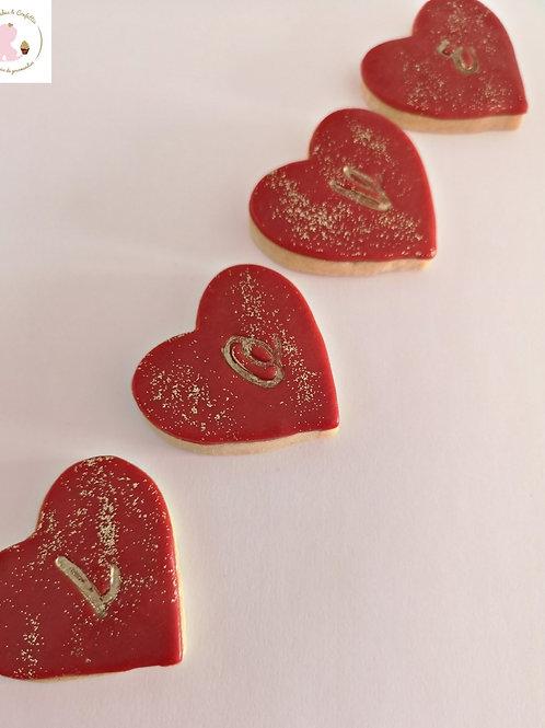 Sachet de 4 sablés en forme de coeur gravé LOVE