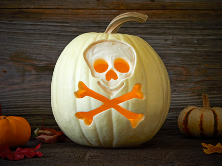 29 Easy Pumpkin Carving Ideas For the Best Jack-o'-Lanterns On the Block