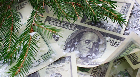 9 Best Ways to Save Money During the Holiday Season