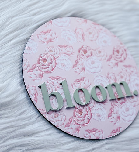 Floral Bloom Sign -Green/Pink Colorway