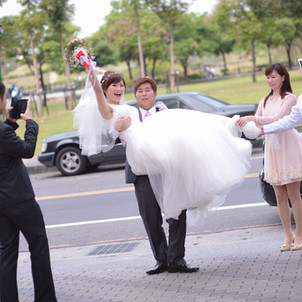 [新秘&婚攝推薦] 新娘秘書湘玲老師+平面婚禮攝影Andy(濬瑋)