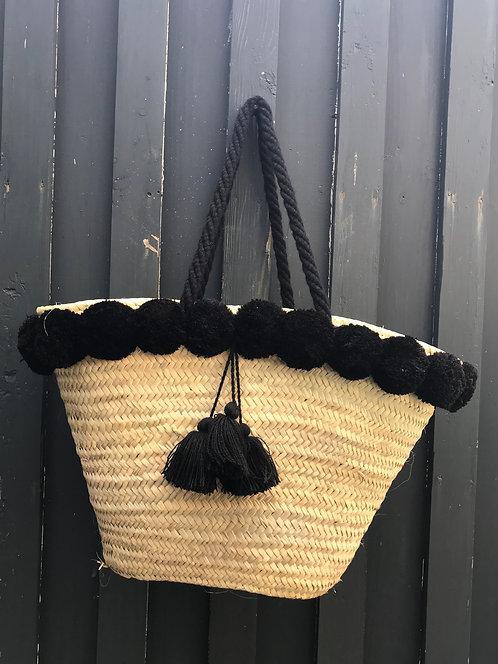 le panier pompons noirs, anses en laine