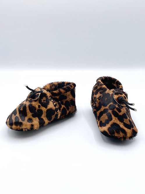 Les chaussons Bébé léopard