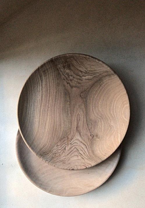 assiette en bois de noyer