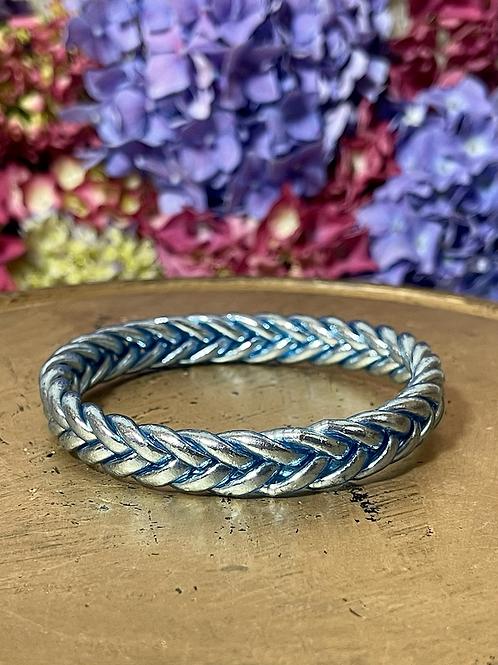 Bracelet bouddhiste tressé version Bleu Glacier  (Exclusivité Maison Izel)