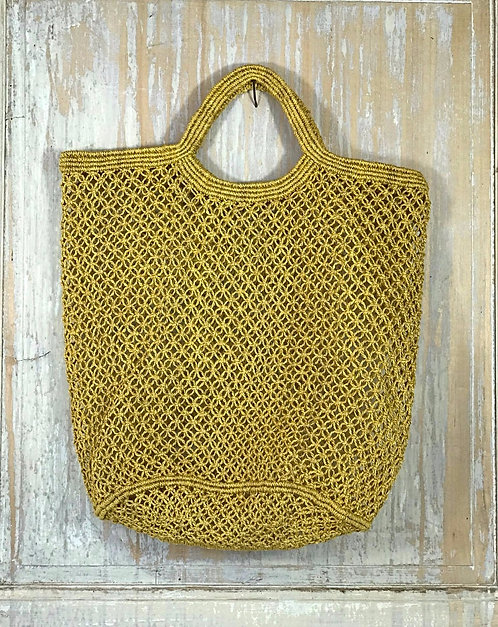 Filet en macramé ocre