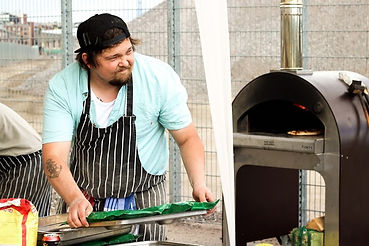Daddy Greens Pizzabar co-owner Eero Kokkonen ready to fire up some NYC-Neapolitan style pop-up pizza at Ihana Kahvila in summer of 2016.