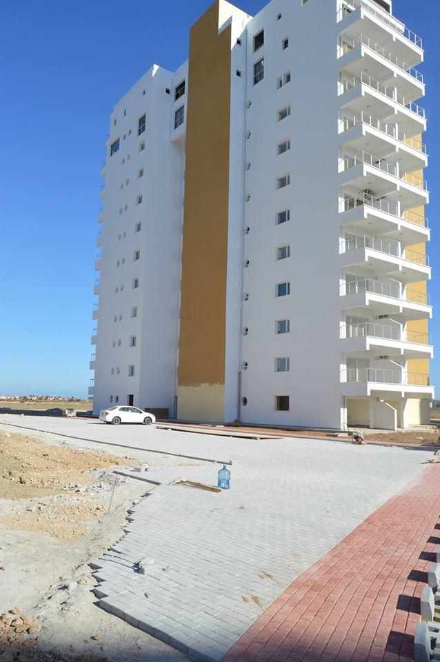 ALEXIUS-Caesar resort 2