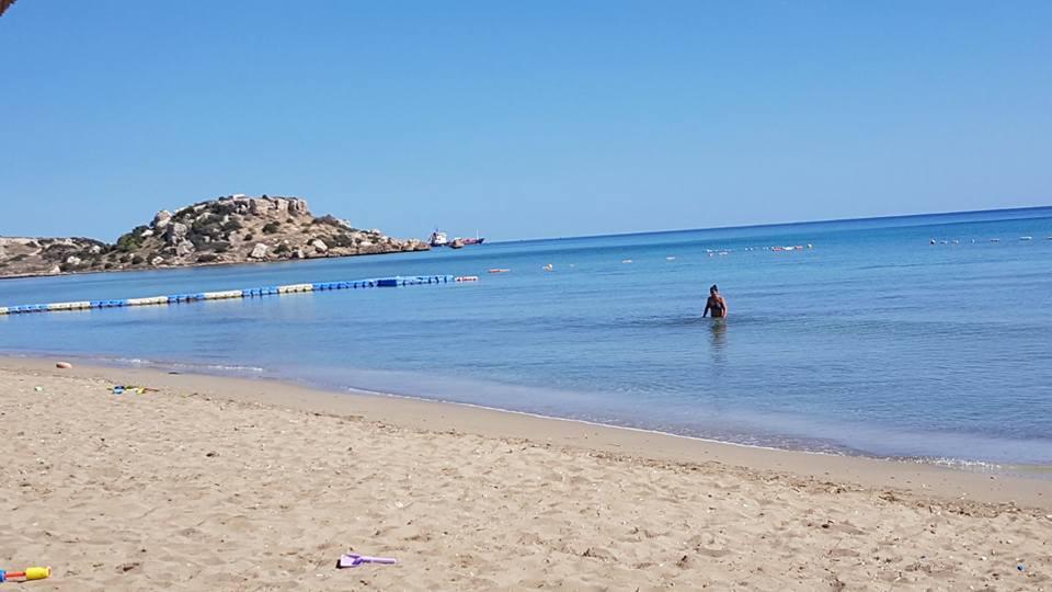 Ponton-Caesar-Beach