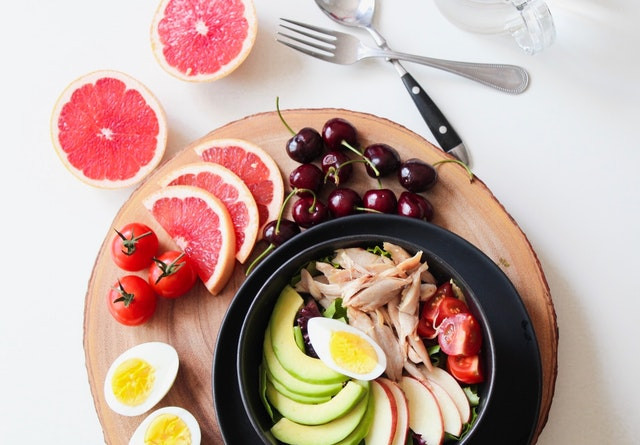 bowl-of-vegetable-salad-and-fruits-93661