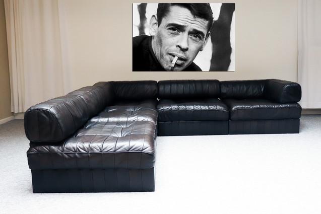 Vintage Swiss modular black leather patchwork 5 modular sofa set + Nr 9 Jaques Brell close up sigaret , alu panel