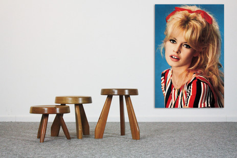 3 handmade 50s style stools in solid acacia + Nr 60 Brigitte Bardot with red scarf in her hair , alu print