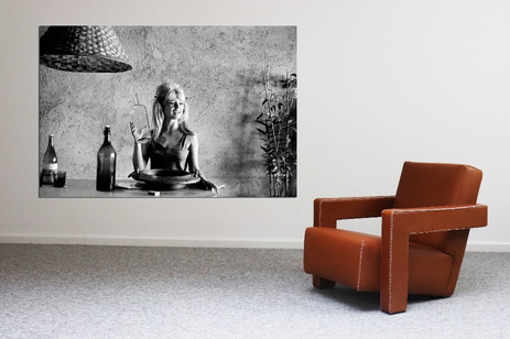 Vintage Dutch design Cognac leather lounge chair  + Nr 35 Brigitte Bardot movie alu print