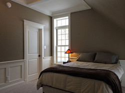 Bedroom apartment with transom windo