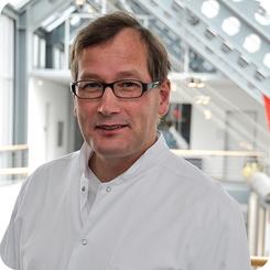 Prof. Dr. Jan F. Gummert
