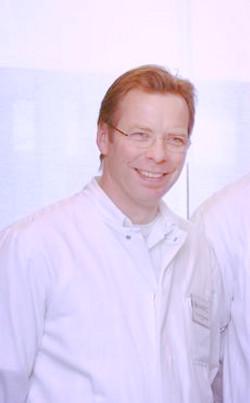 Dr. Michiel Morshuis