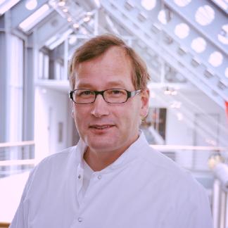 Prof. Jan Gummert