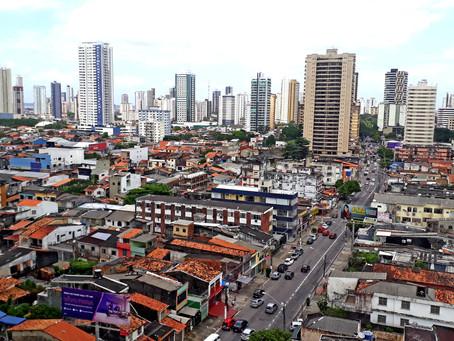Encontro de Regularização Fundiária debate moradia, migração, desafios urbanos e conflitos sociais