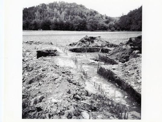 46-Mound excavation. Upright sticks repr