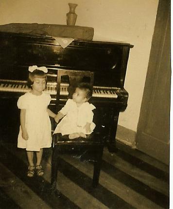 Nairzinha e a irmã Lucinha 1950