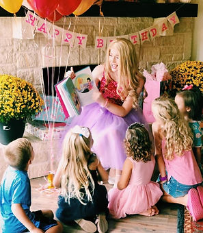 Once Upon a Crown party entertainer