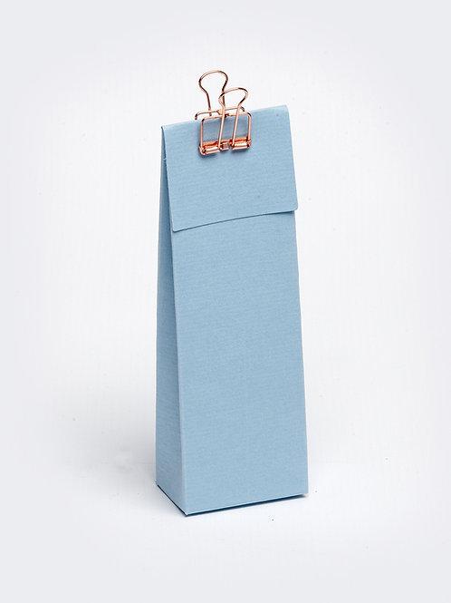 Hoog doosje met klep in karton - lichtblauw
