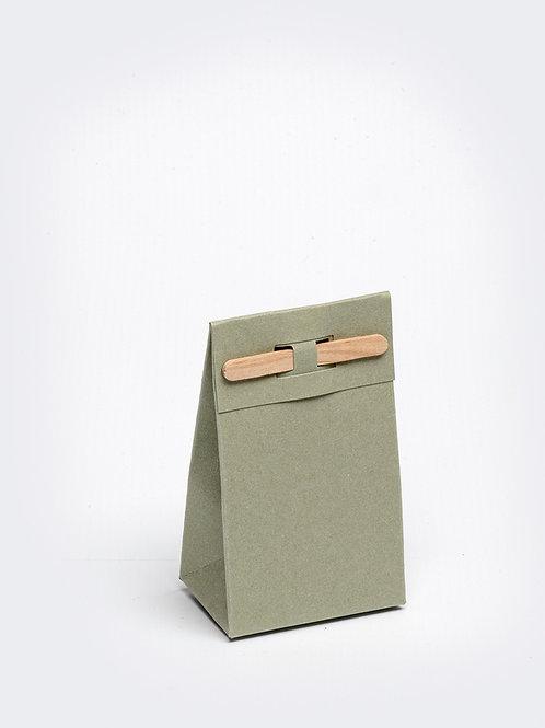 Kartonnen doosje met houten stokje - olijf