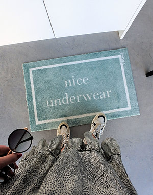 NICE UNDERWEAR - Mad about mats