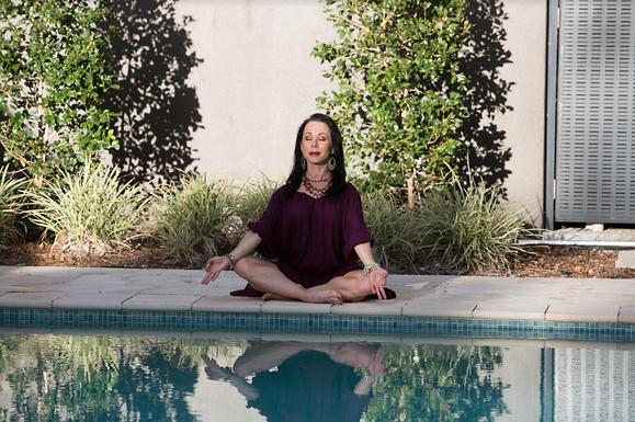 Box Mind Yoga Reteat - Mykonos With Sara Picken-Brown