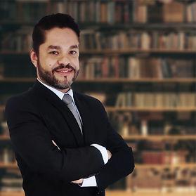 Dr. Lucio de Medeiros