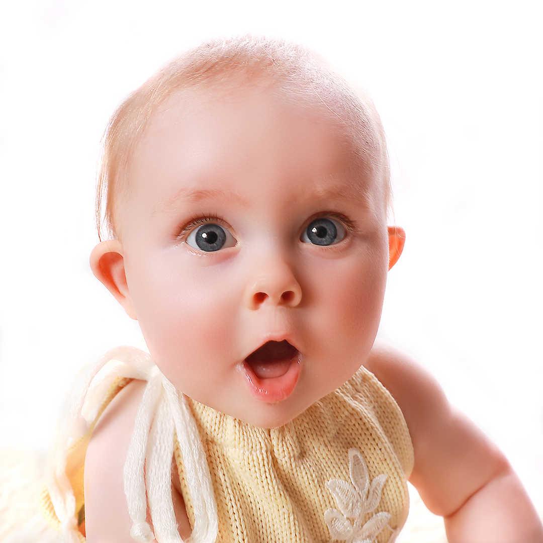 Baby-photographers-ilkley-bradford-leeds