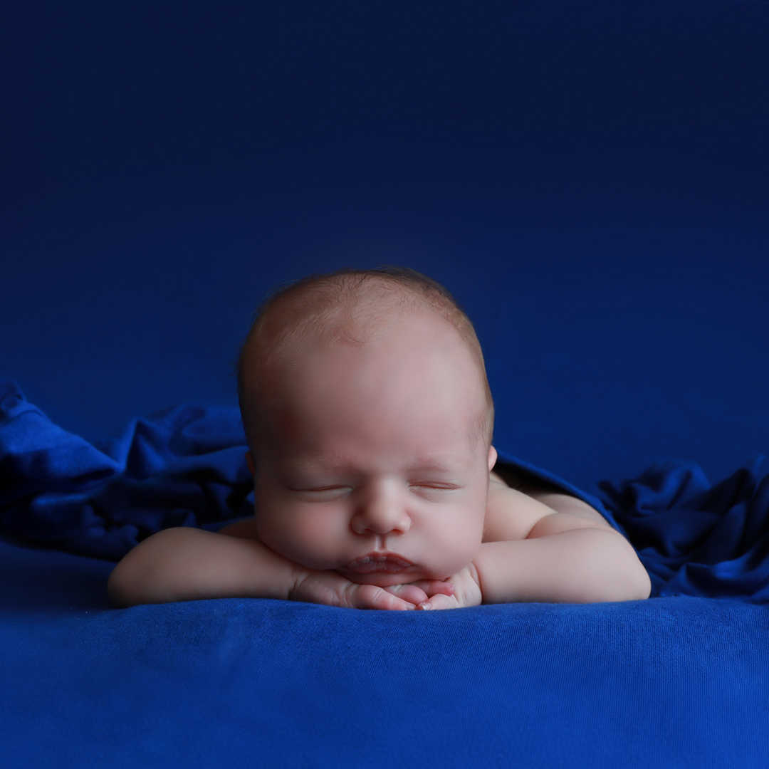 Newborn-photographers-Leeds-Bradford-Ski
