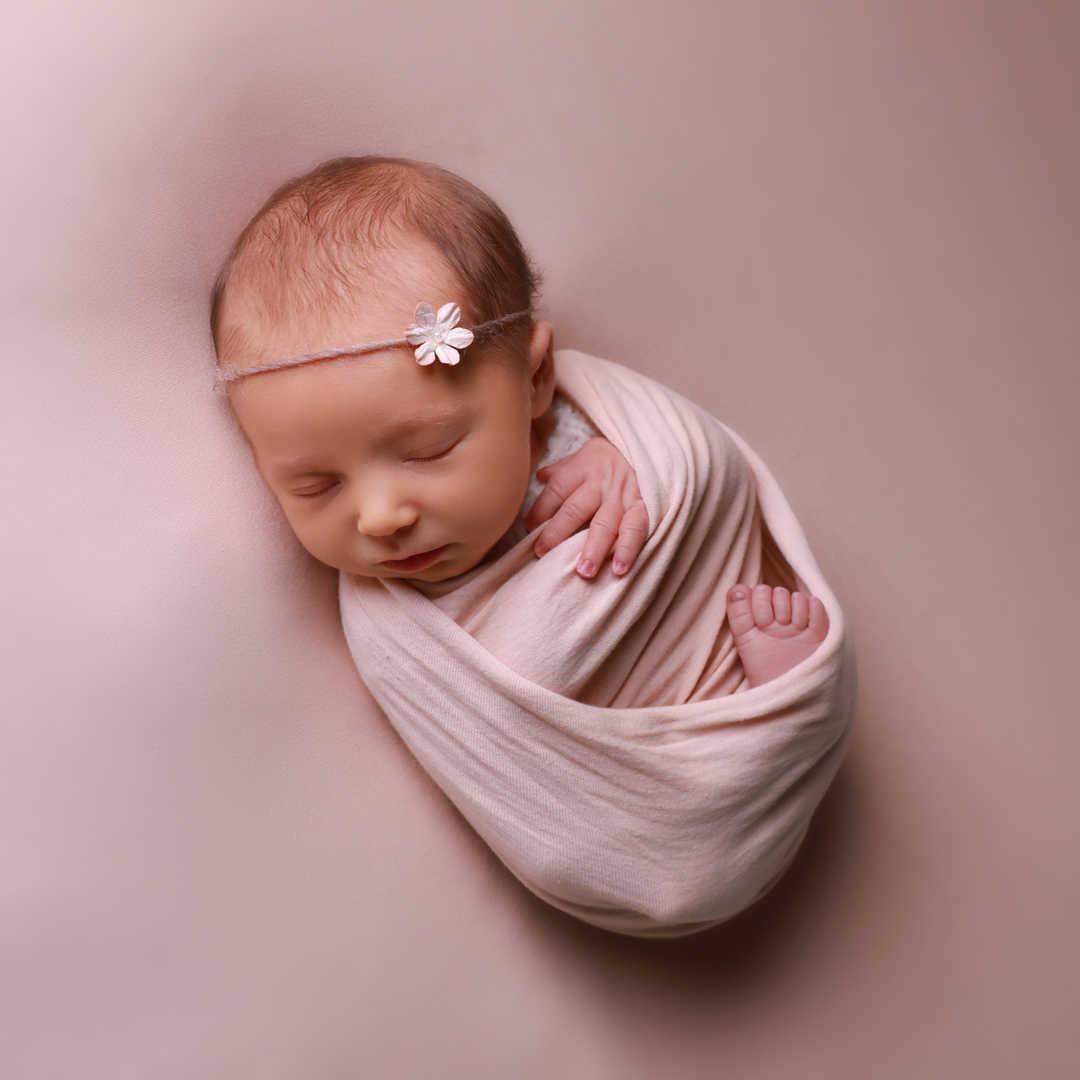 Newborn-photogrpahers-Leeds-Bradford-Ilk