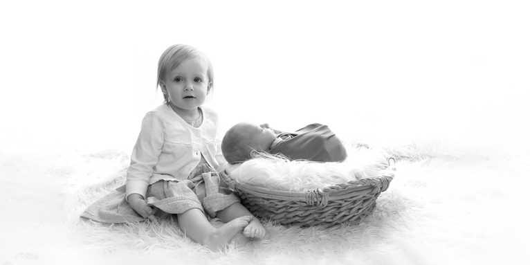 Family Newborn photographers Leeds Bradf
