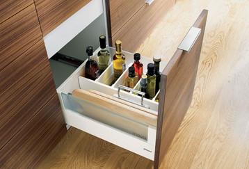Blum_Orgaline_Bottle_Drawer-14-800-500-8