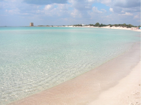 Il mare e le spiagge di Torre Lapillo. Le spiagge libere e i principali stabilimenti balneari.