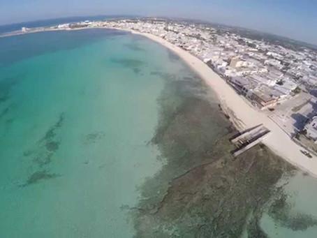 Video con droni delle spiagge di Torre Lapillo.