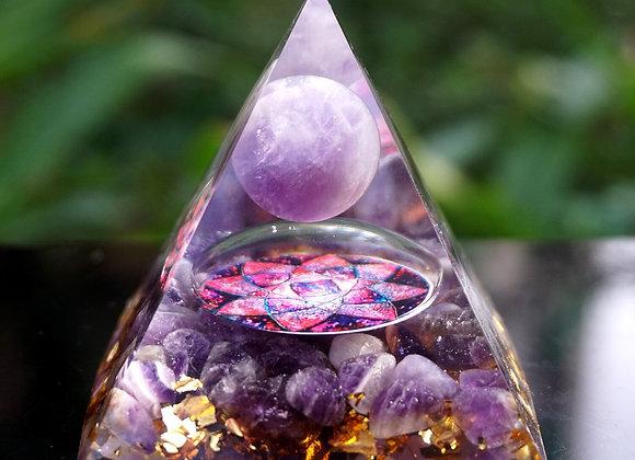 Orgonite Pyramid - Amethyst Sphere