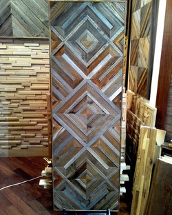 Декоративное панно из амбарной доски