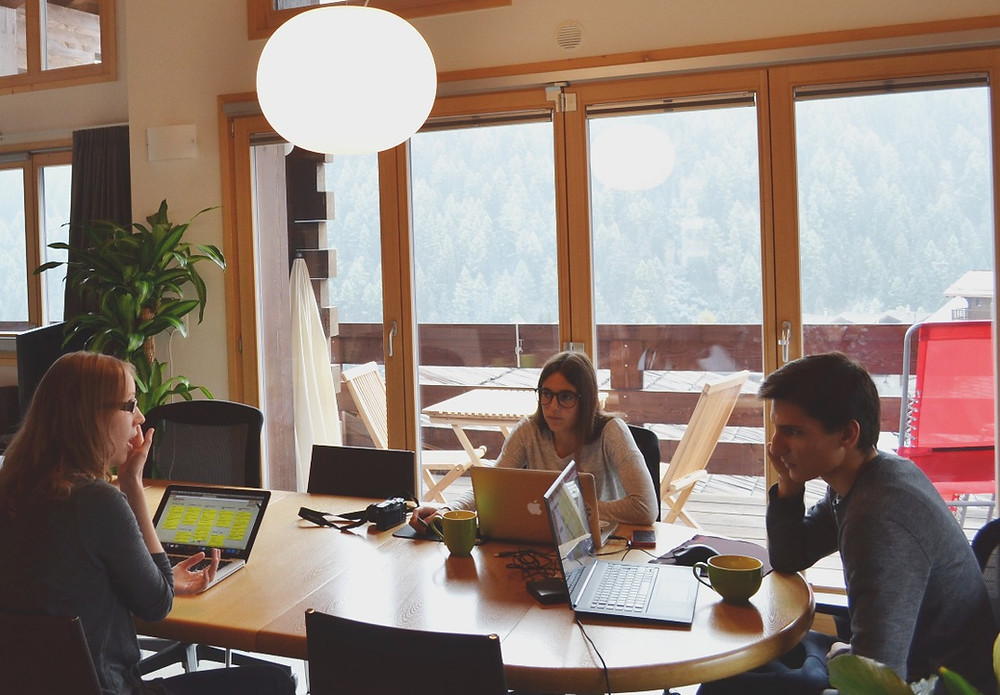 sharing knowledge at Swiss Escape