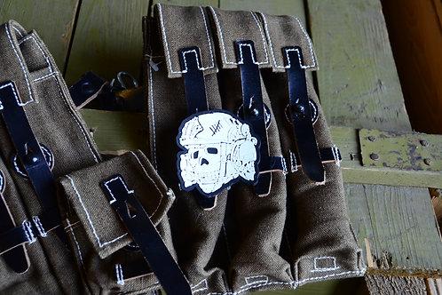 Патч, нашивка из ПВХ череп Tactical Totenkopfс липучкой.