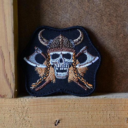 Патч, нашивка череп викинга и топоры, с липучкой.