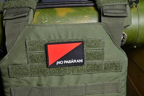 Патч, нашивка ПВХ, No Pasaran, с липучкой.