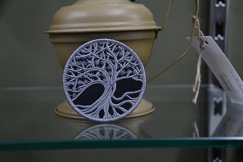 Патч, нашивка Дерево Иггдрасиль (дерево жизни) с листьями.