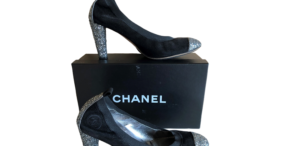 Chanel Silver/Black Cap-Toe Elastic Pumps