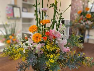 ミモザアレンジ花