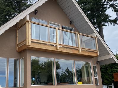 New railing cedar + glass