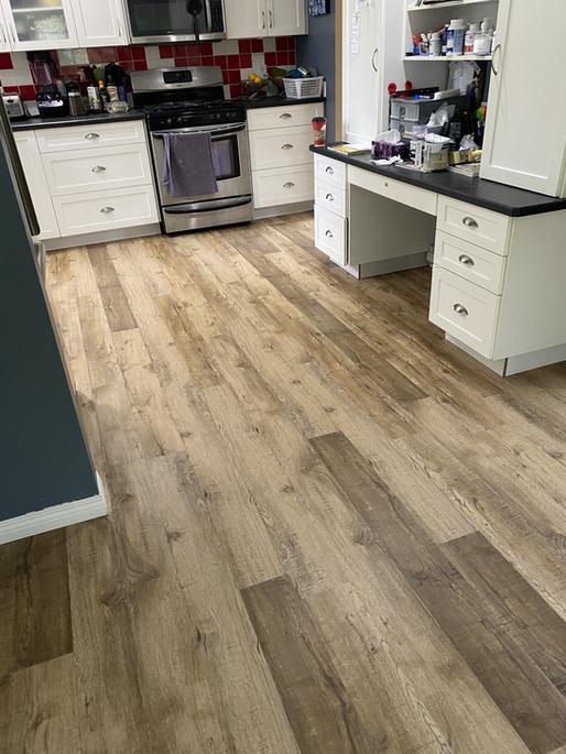 Flooring installation no transition