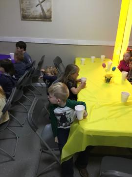 Easter Kids 2019 (14).JPG