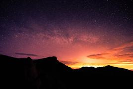 Arran ridges under the night sky